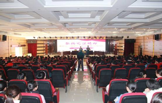 警校共建:汉南法院联合汉南一中开展 模拟...